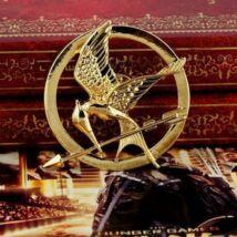 Hunger Games Éhezők Viadala fecsegő poszáta kitűző