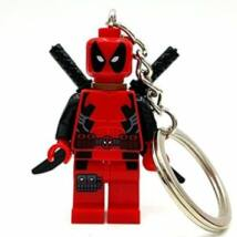 Deadpool építőjáték figura kulcstartó